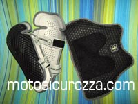 i nuovi strap-on leg protector e il race lite chest protector